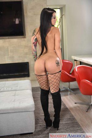 Sensual pornstar Katrina Jade reveals her round ass and big tits