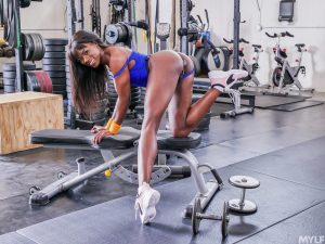 Fit ebony babe Ana Foxxx gets ass fucked by a Caucasian dude at the gym