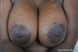 Chubby ebony MILF Serenity showing off her big saggy tits & delicious pussy