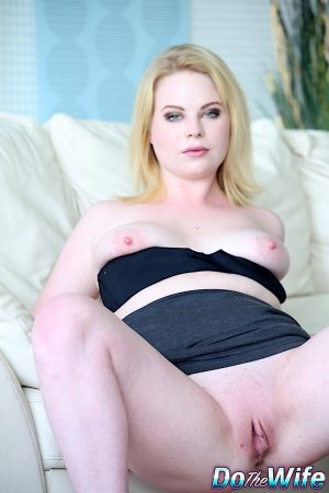 Busty Adry Berty kneels down and delivers a great blowjob to her lover