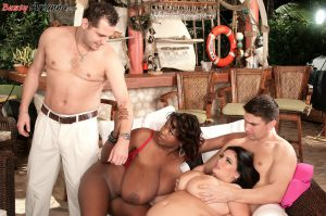Hugely busty Ariann Sinn and her stacked friend enjoy a pussy licking foursome
