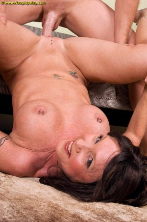 Busty mature woman with erect nipples makes a homemade porno