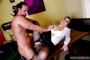 Naughty MILFs are into hardcore CFNM groupsex with a horny guy
