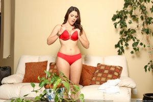 Italian stunner Valentina Nappi gets her holes licked out and pussy dicked