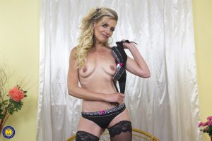 Older mature wife home alone enjoys an afternoon of solo toy play