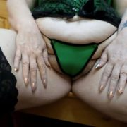 Fat old woman Bunny Gram spreads her snatch after removing heels and hosiery