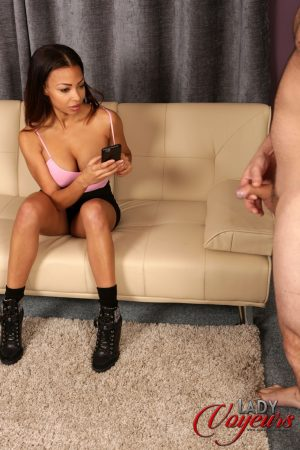Ebony voyeur with sweet tits Ruby Summers strips to watch a stud jerking off