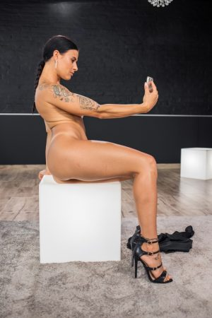 Czech MILF with amazing fakes Billie Star gets her ass fucked after stripping