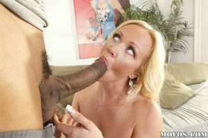 Lecherous MILF with gorgeous curves gets her twat stretched by a black prick