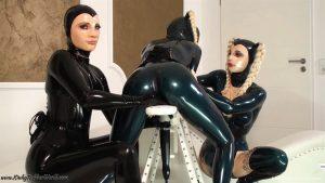 Kinky Rubber World Latex Lara - Lesbian Fun