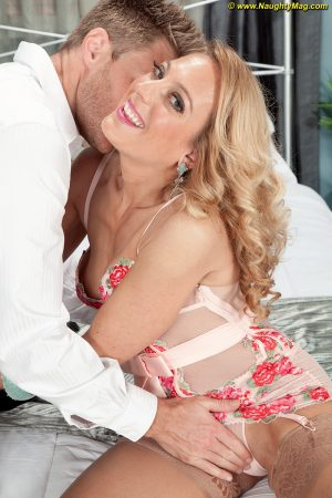 Blonde cougar Charli Shay seduces a younger guy in sensual lingerie and nylons