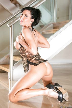 Darling milf Lezley Zen is the hottest wife on this crazy planet