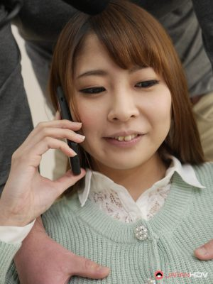 Housewife Nagisa Sayama gets fingered & dicked while on phone with her man