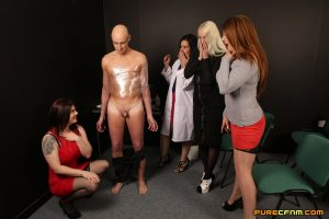 Curvaceous dressed up females demonstrate the newest handjob technique