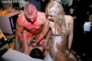 Slutty party girls ball licking and sucks male stripper cock in club groupsex