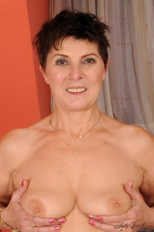 Hot granny Margo T  gets a steamy creampie after old-young hairy muff fucking