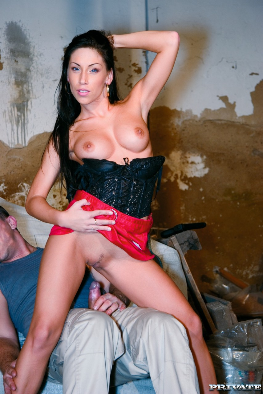 Slutty nympho Mya Diamond shoots a dude after being fucked in the ass
