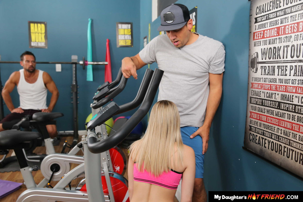 Skinny blonde Abby Adams gets rammed in the gym after giving a blowjob