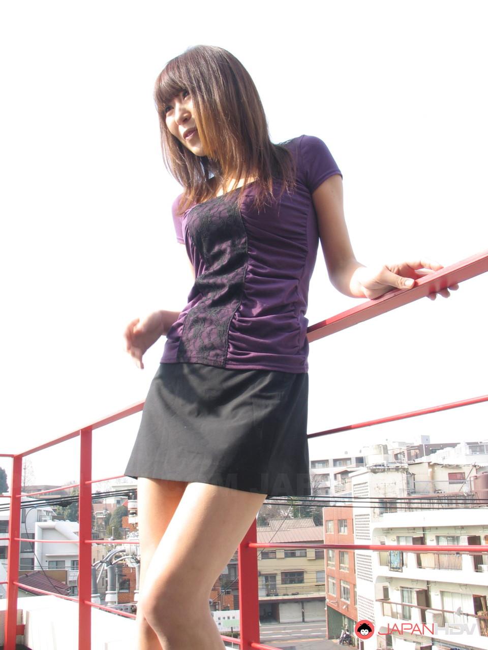 Petite Japanese MILF Jun Kusanagi gets caught masturbating in public