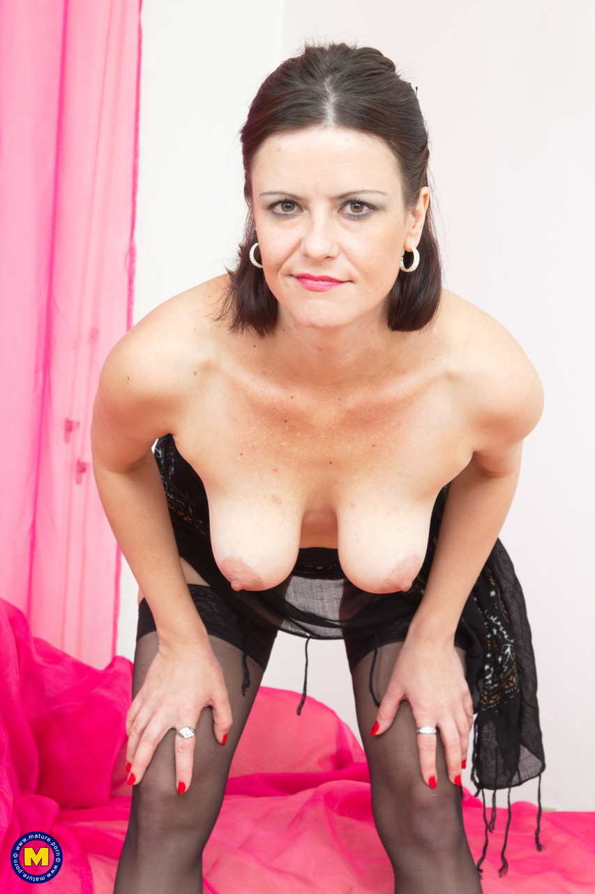 Skinny mom Odina unveils her nice naturals and slides a toy in her snatch