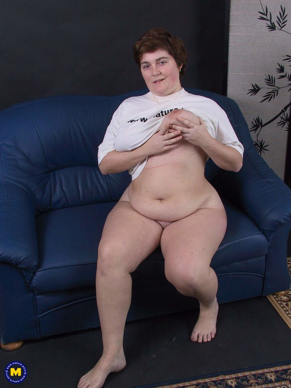 Mature BBW Elize sucks a hard cock after fingering & toying her horny pussy