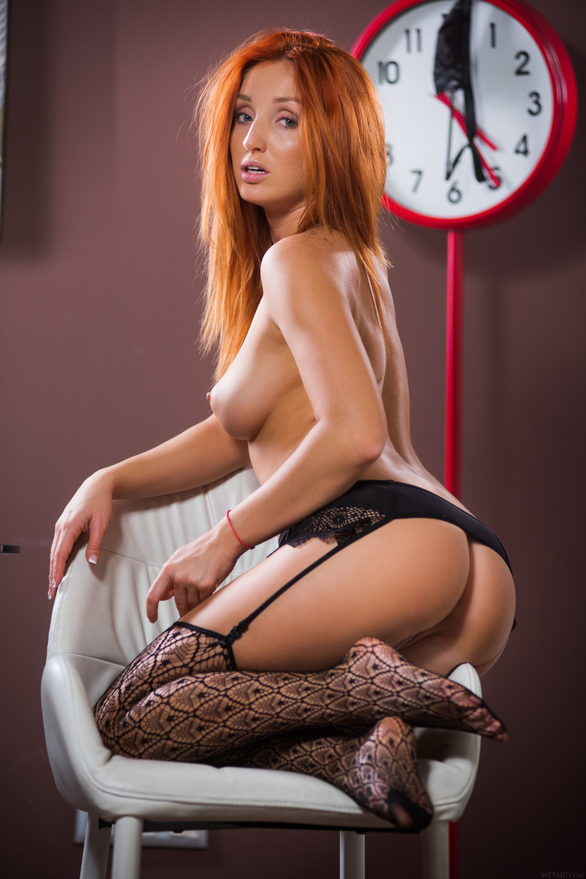 Ukrainian beauty Michelle H on her knees showing her big booty and pussy