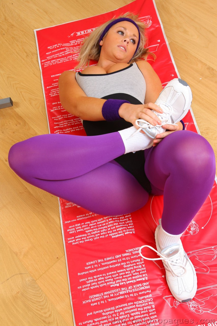 Blonde stunner Melissa D strips at the gym and shows her phenomenal tits