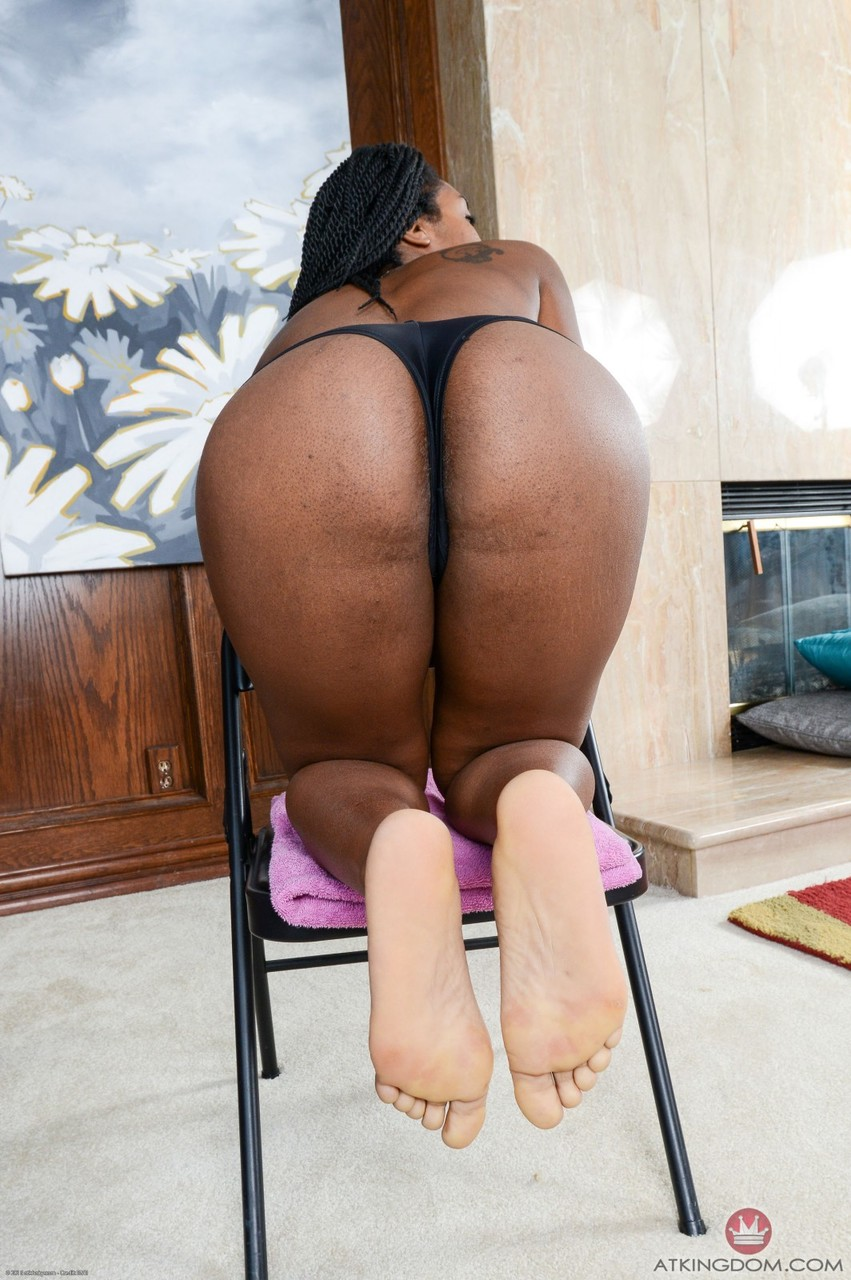 Ebony with dreads Janelle flashes her hairy cunt and poses nude in a solo