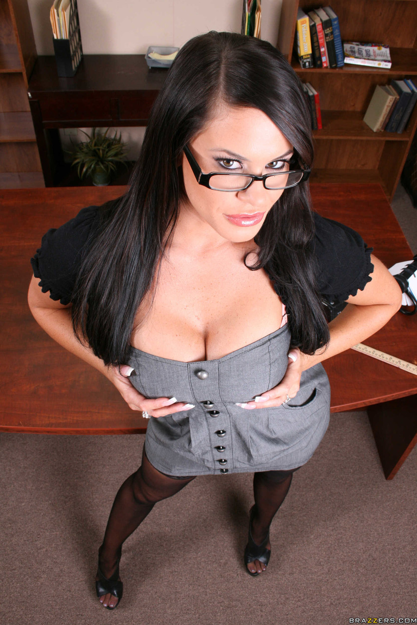 Sexy principal Savannah Stern flaunts her big tits & curvy ass in her office