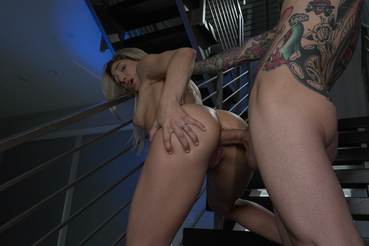 Tiny blonde Abella Danger gets her incredible round booty penetrated deep
